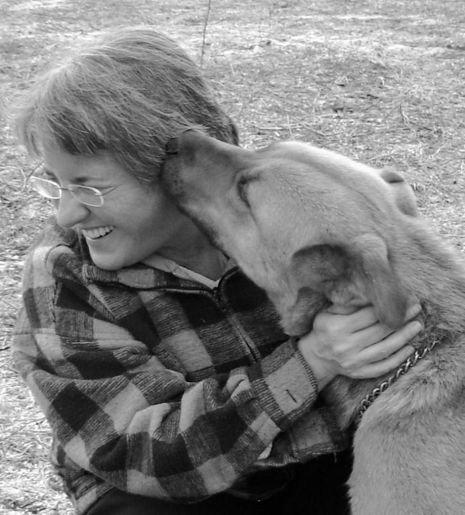 photo of commatologist and dog